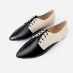 DaintyOxford-IvorySnakeBlack-pair1